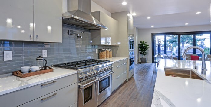Modern Kitchen with Wall Mount Range Hood