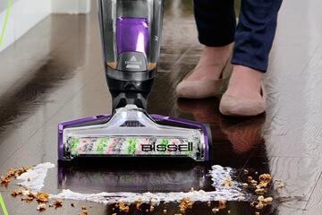 link to best wet dry vacuum for hardwood floors